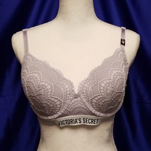 Victoria's Secret 38-B Logos & Lace Demi Bra